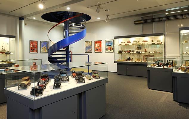 2. Obergeschoss: Spielzeugmuseum